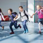 新学期に多い小学生女子の「学校へ行きたくない」をどう乗り切る?